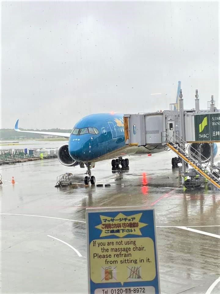 Narita→CDG (En français dessus)フランスへ飛行機で